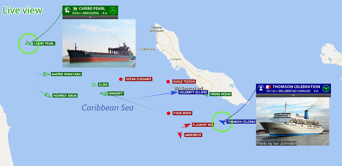 Live marine traffic in the passage between Curaçao and Venezuela.
